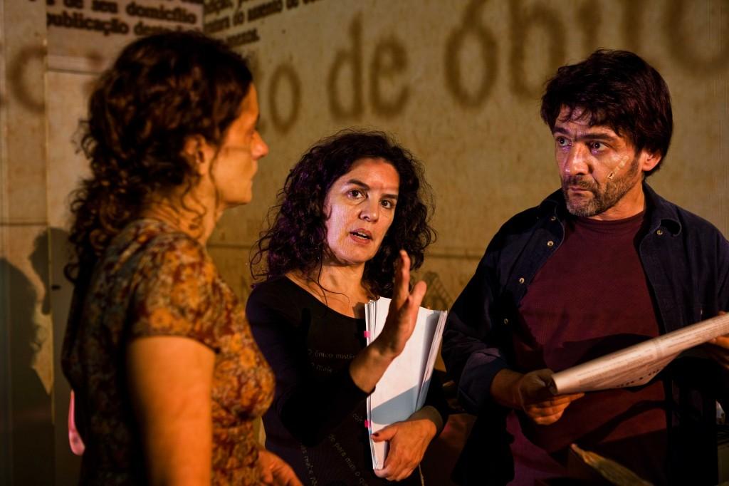 Cena de gravação do filme Hoje - Tata Amaral dirigindo César Troncoso e Denise Fraga
