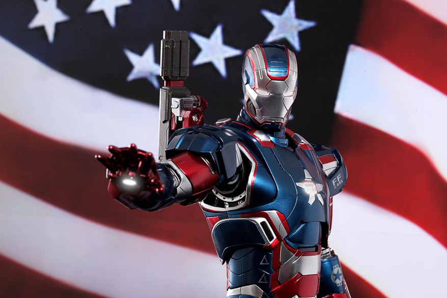 hot-toys-iron-man-3-iron-patriot-limited-edition-collectible-figure-1