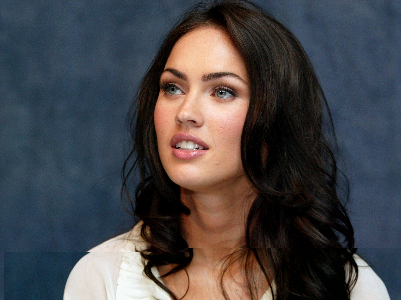megan fox part 1- hair and makeup | lookqueamo