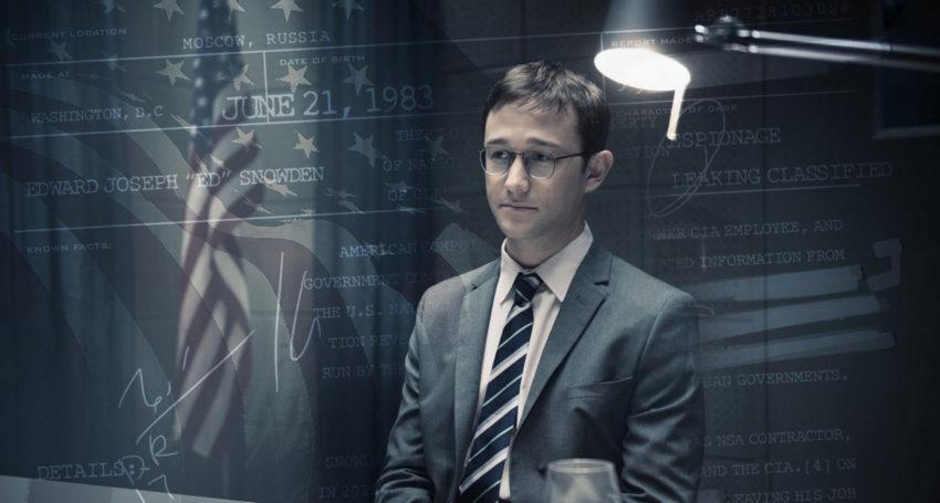 "o ator Joseph Gordon-Levitt como Edward Snowden em ""Snowden - Herói ou Traidor"""