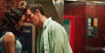 A Mala e os Errantes, filme original Netflix do diretor Adam Leon, com Grace Van Patten e Callum Turner