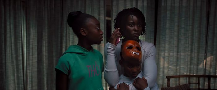 Nós (Us) - filme de Jordan Peele - cena família com medo