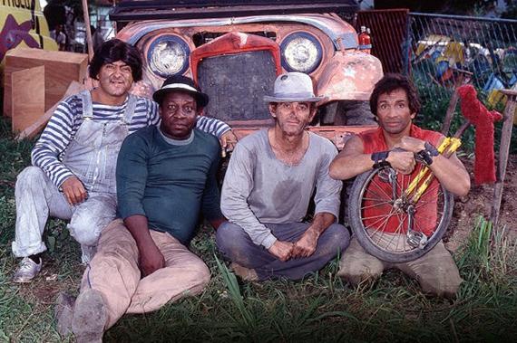 Os Saltimbanco Trapalhões é o representante da trupe entre os filmes da Embrafilme