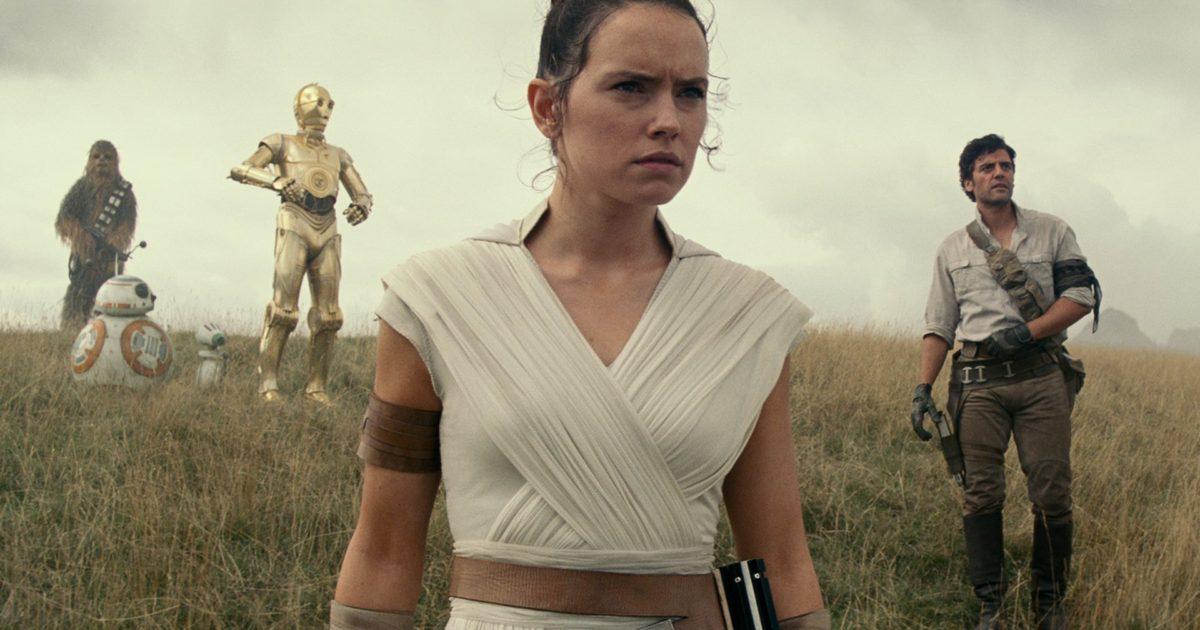 Rey, Poe, Chewie, BB8 e C3PO. Star Wars.