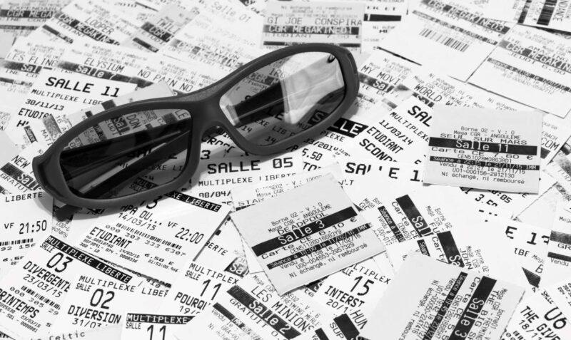 O futuro da meia-entrada pode estar ameaçado - imagem ilustrativa da meia entrada no cinema - ticket de ingresso de sala de cinema